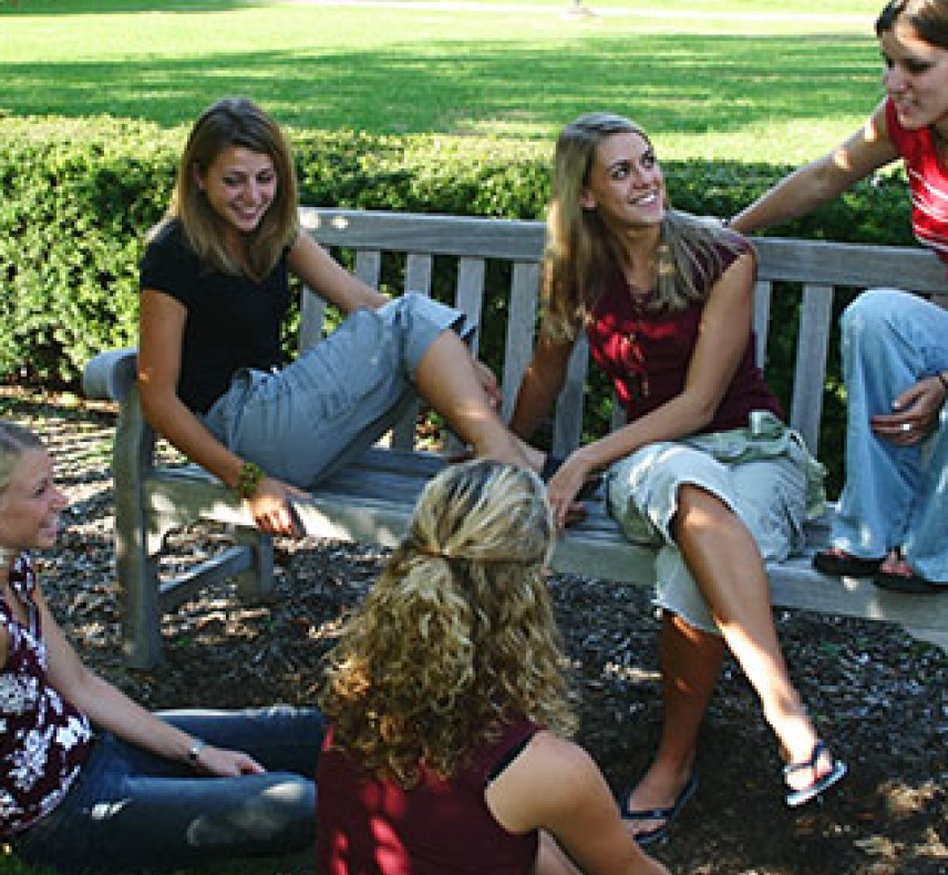 Wittenberg University Students On Campus