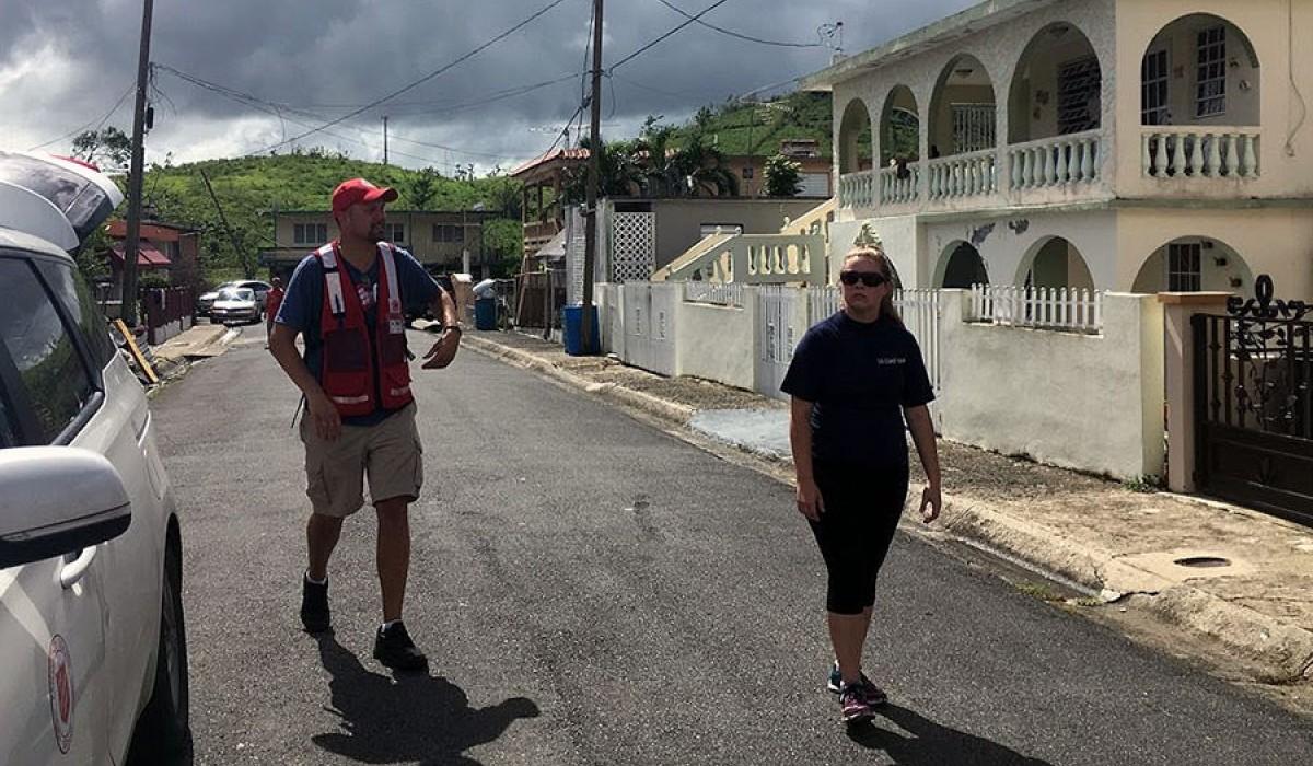 Mary-Elizabeth Pratt '15 (right) in Puerto Rico after Hurricane Maria