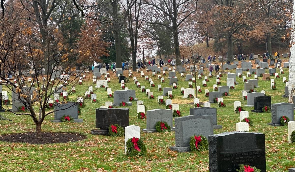 Wreaths Across America past years